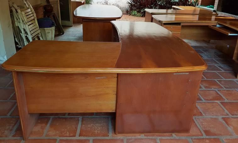 Muebles madera de cedro para oficina mps for Muebles de oficina quilmes andres baranda