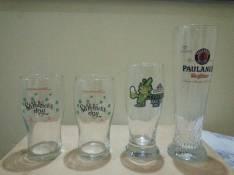 4 vasos de cerveza