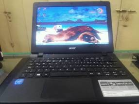 "Ultraportátil básico 11,6"": Acer Aspire ES1"