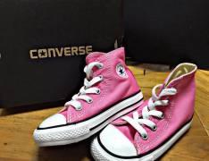 Calzado Converse original para niña calce 23