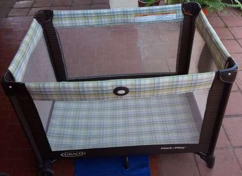 Cuna corralito, carrito y asiento babysit