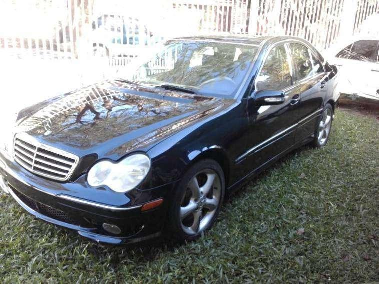 Mercedes Benz C230 2006 - 2