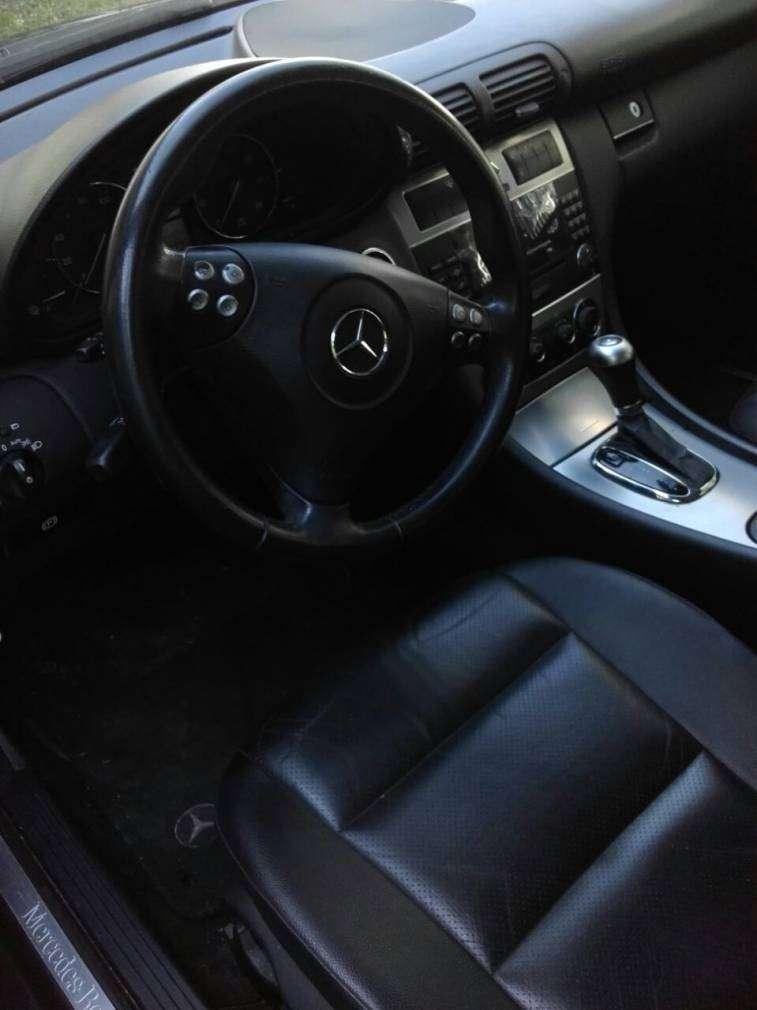 Mercedes Benz C230 2006 - 3