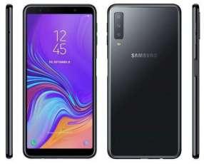 Samsung Galaxy A7 triple cámara y 128 gb nuevos