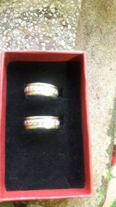 Alianzas de plata con detalles en oro