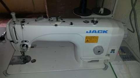 Jack máquina recta industrial