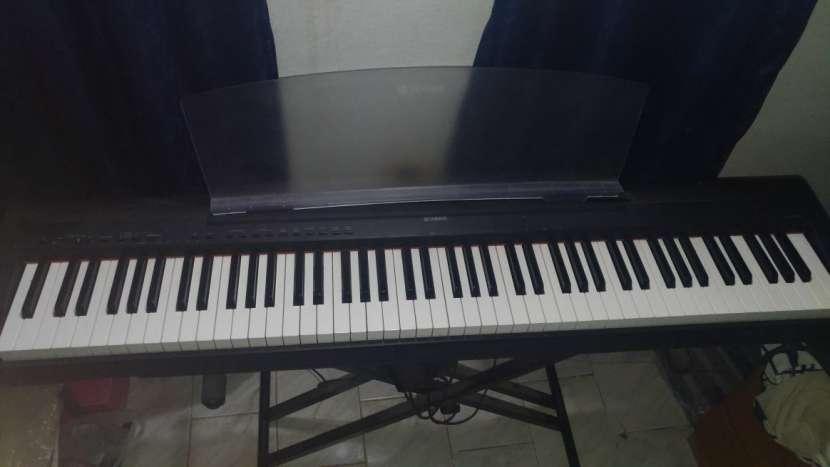 Piano yamaha p95 - 0