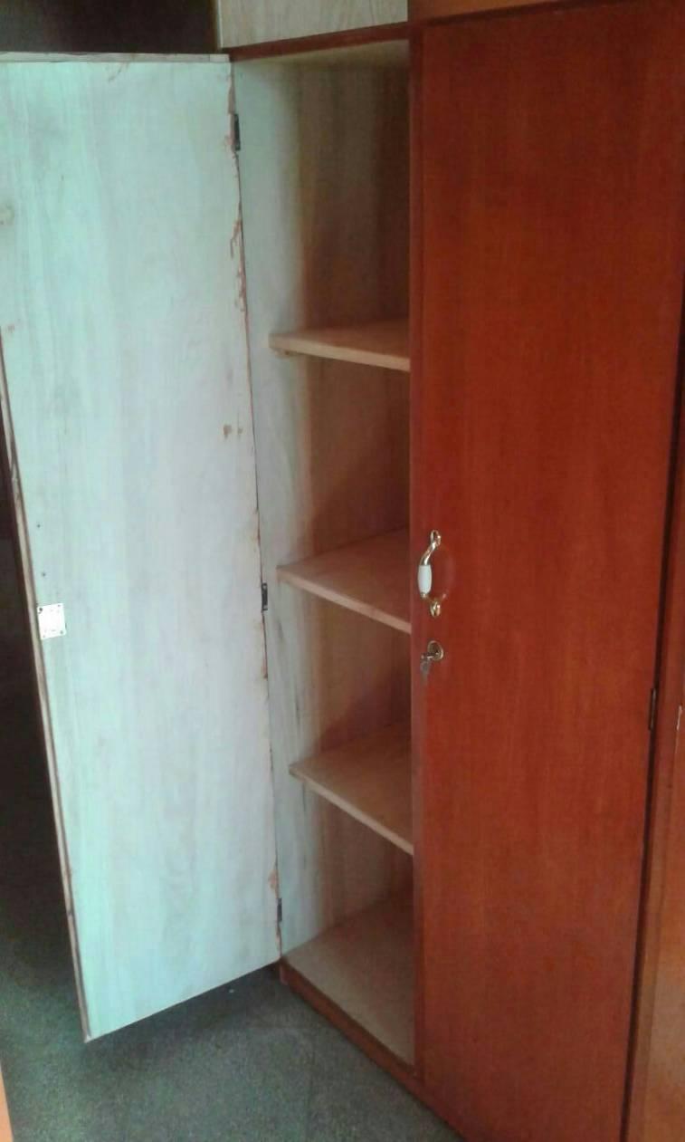Multi uso semi enchapado con llave muebles for Muebles de oficina con llave
