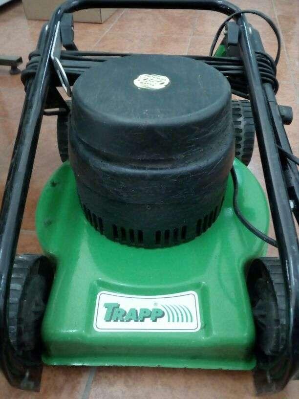 Máquina para cortar pastos Trapp