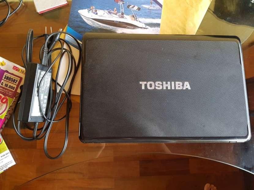 Notebook HP y Toshiba - 2