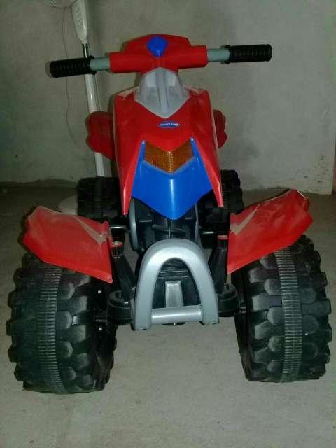 Moto a pedal