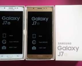 Samsung Galaxy J7 6 LIBRES y NUEVOS