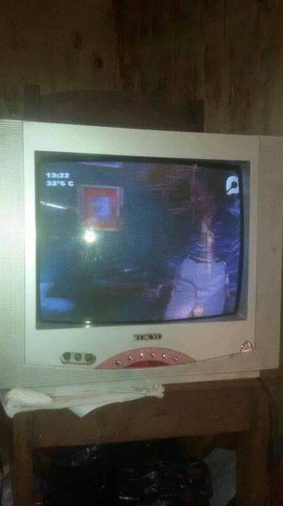 Televisor d 14 pulgadas sin control mariella portillo for Televisor 15 pulgadas