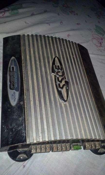 Amplificador de 1600 watts
