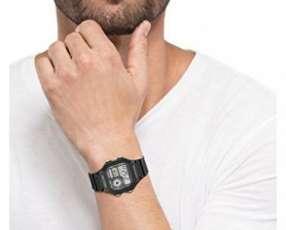 Reloj Casio AE-1200WH original (Delivery- envíos al interior
