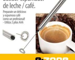 Batidor espumador de leche café