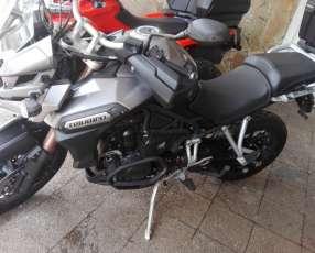 Moto Triumph OFF ROAD Tiger Explorer 1.200 cc 2012