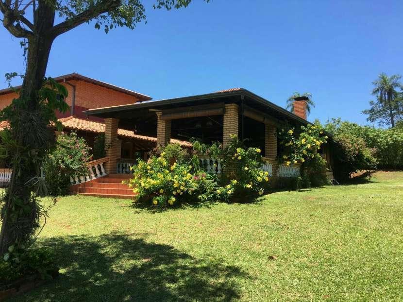 Casa quinta EN CERRO Azcurra Caacupé PARAISO - 1