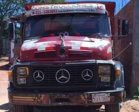 Mercedes Benz 1113 tumba