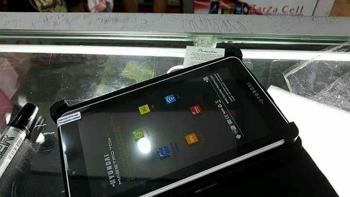 Tablet hyundai a chip nuevo más una funda de regalo - 1