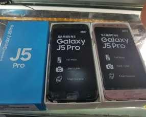 Samsung Galaxy J57 Pro y protectores anti shock