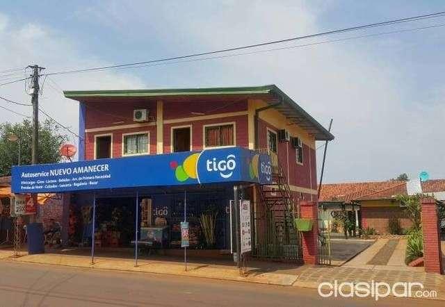 Casa Mini Mercado y un Hostel