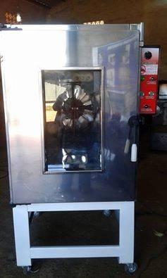 Horno turbo convector con vaporizador para 10 bandejas