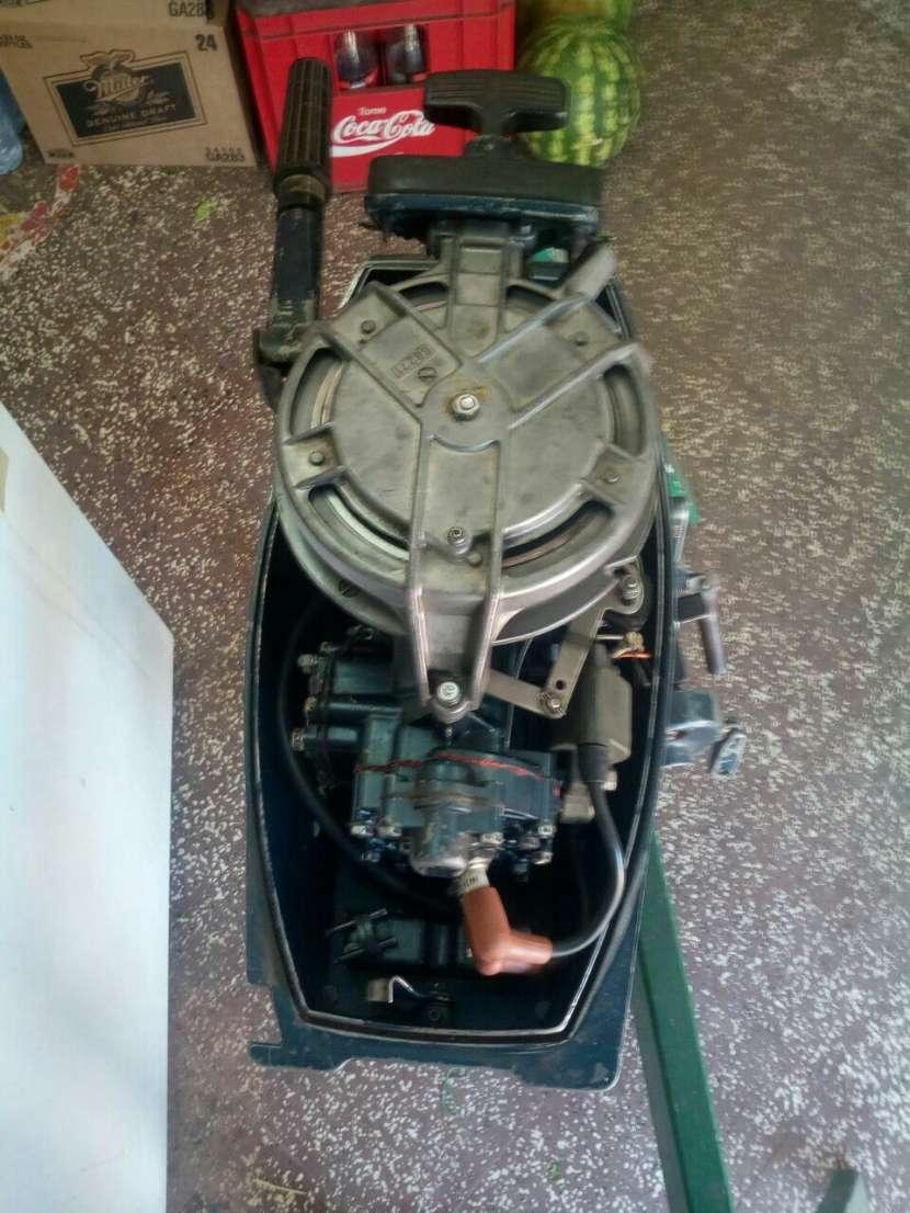 Motor fuera de borda Yamaha de 8hp - 4