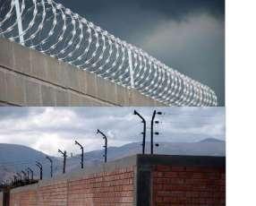 Instalación de cercado eléctrico y barreras infrarrojas