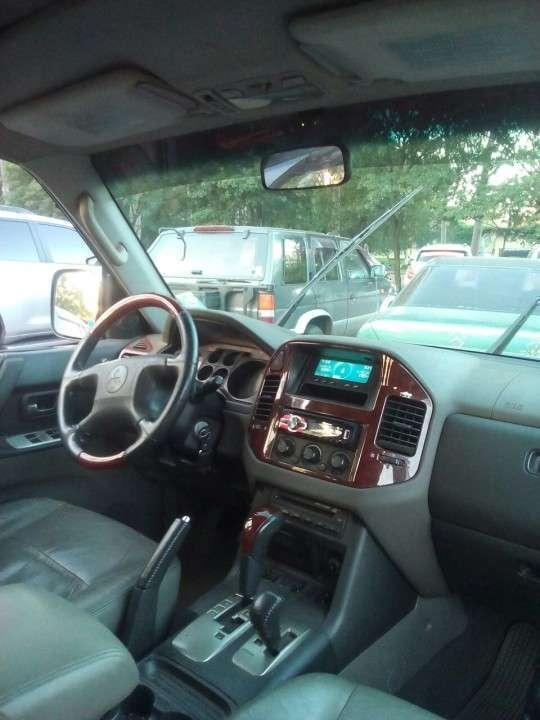 Mitsubishi Montero GLS 2006 diésel automático - 0
