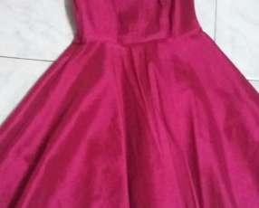 Vestido vintage color fucsia