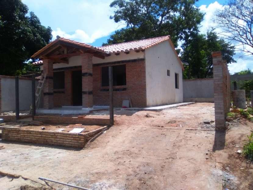 Casa a estrenar en una zona residencial Lambaré