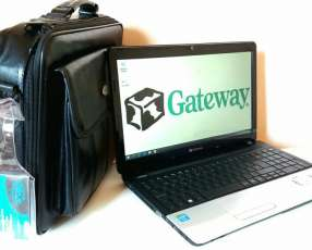 Notebook Gateway 15.6 pulgadas c/ Maletín