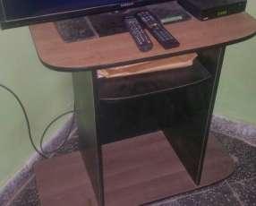 Mueble para tv y equipos de sonido