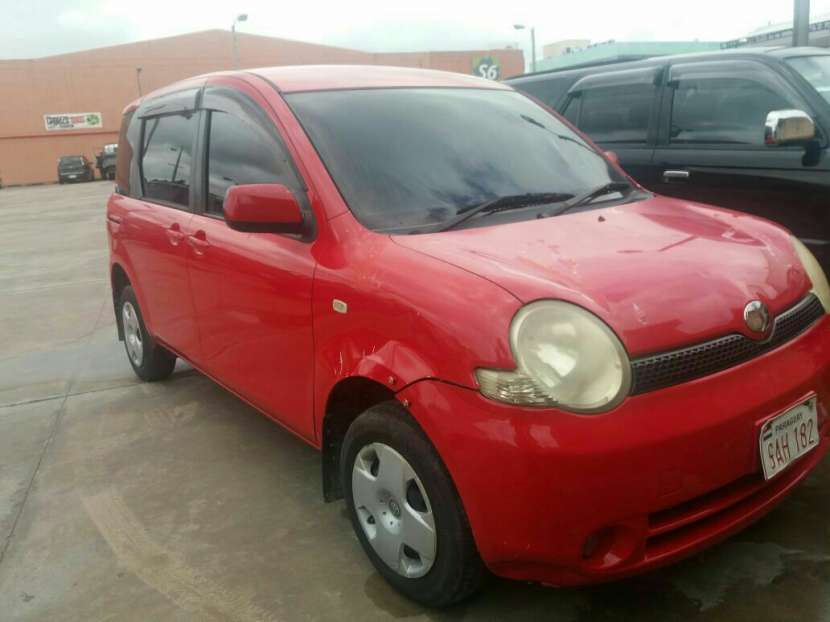 Toyota sienta año 2006 naftero motor 1500 cc