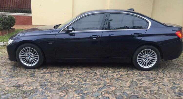 BMW 320D Luxury 2013 - 3