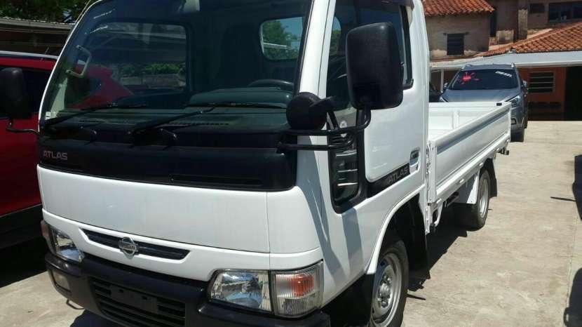 Nissan atlas cabina simple diesel rueda sencilla color blanco
