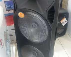 Parlante karaoke 2X15 pulgadas con micrófono inalámbrico