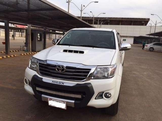 Toyota Hilux 2015 SRV motor 3.0 diésel