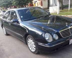 Mercedes benz e220 diesél 2000 automático