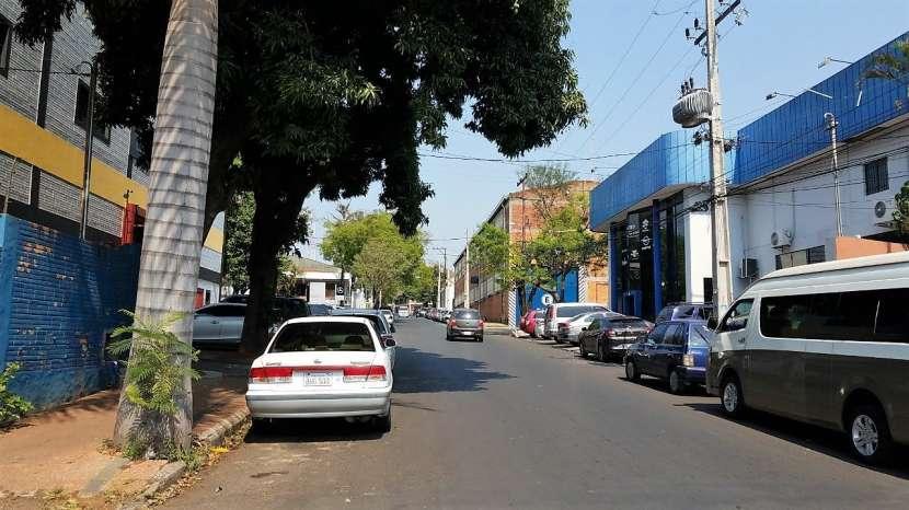 Tinglado en zona comercial Avenida Eusebio Ayala - 4