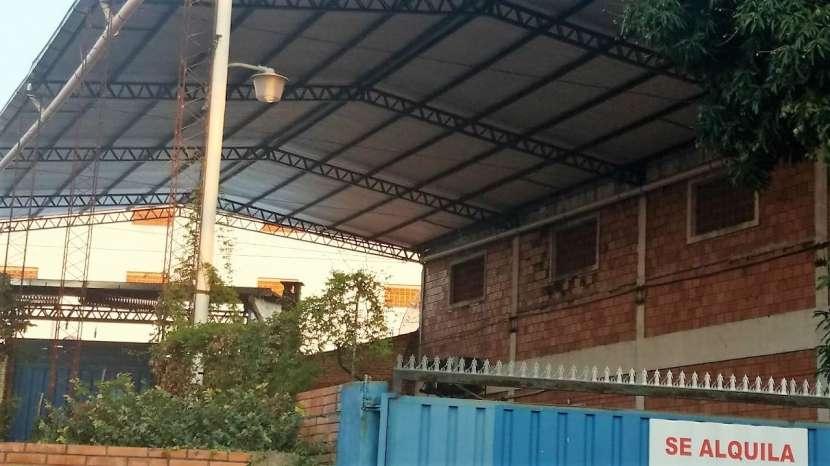 Tinglado en zona comercial Avenida Eusebio Ayala - 5
