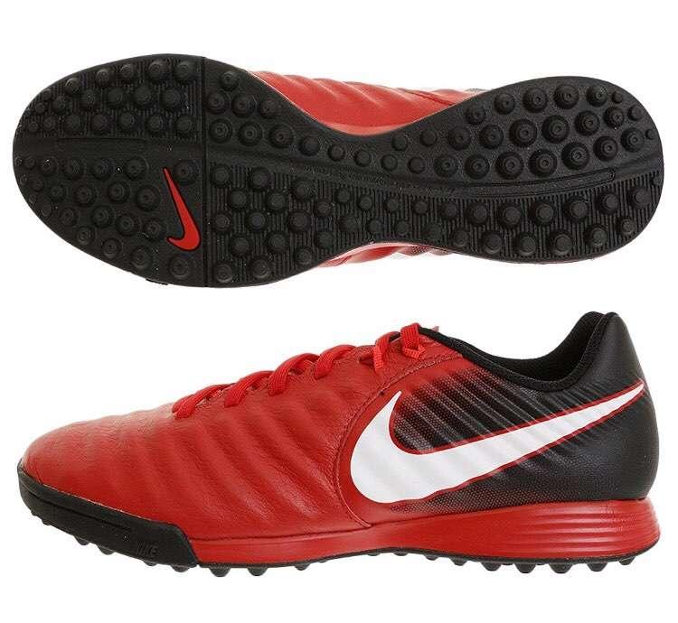 Nike Tiempo Ligera Calce 42 / US 9.5 Nuevo