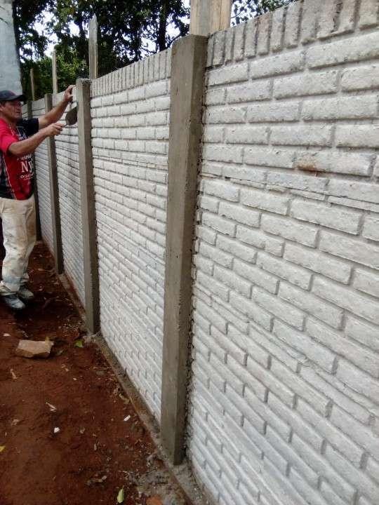 Instalación de muralla con bloques de hormigón pre moldeado - 4