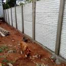 Instalación de murallas con bloques de hormigón pre moldeado - 0