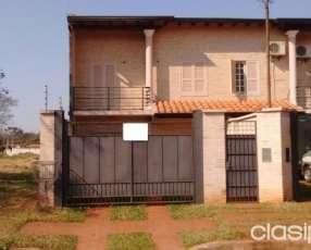Duplex en San Miguel a cuadras de Mcal. Lopez