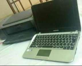 Notebook Samsung con impresora