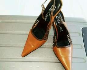 Zapatos de vestir de cuero