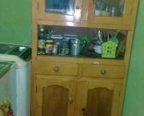 Mueble de cocina en buen estado