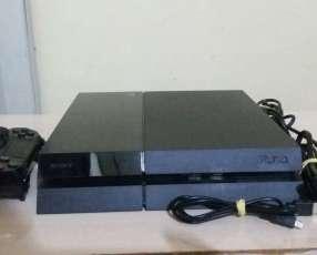 PlayStation 4 de 500 gb con 4 juegos